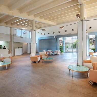 Alborea ecolodge resort puglia hall