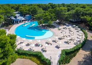 Alborea ecolodge resort puglia panoramica piscina