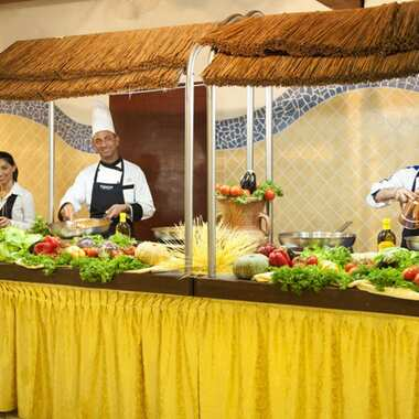 Calaserena village sardegna show cooking